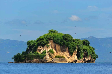 Haitises Park, Caves and Mangroves Sightseeing Tours in Samana DR.